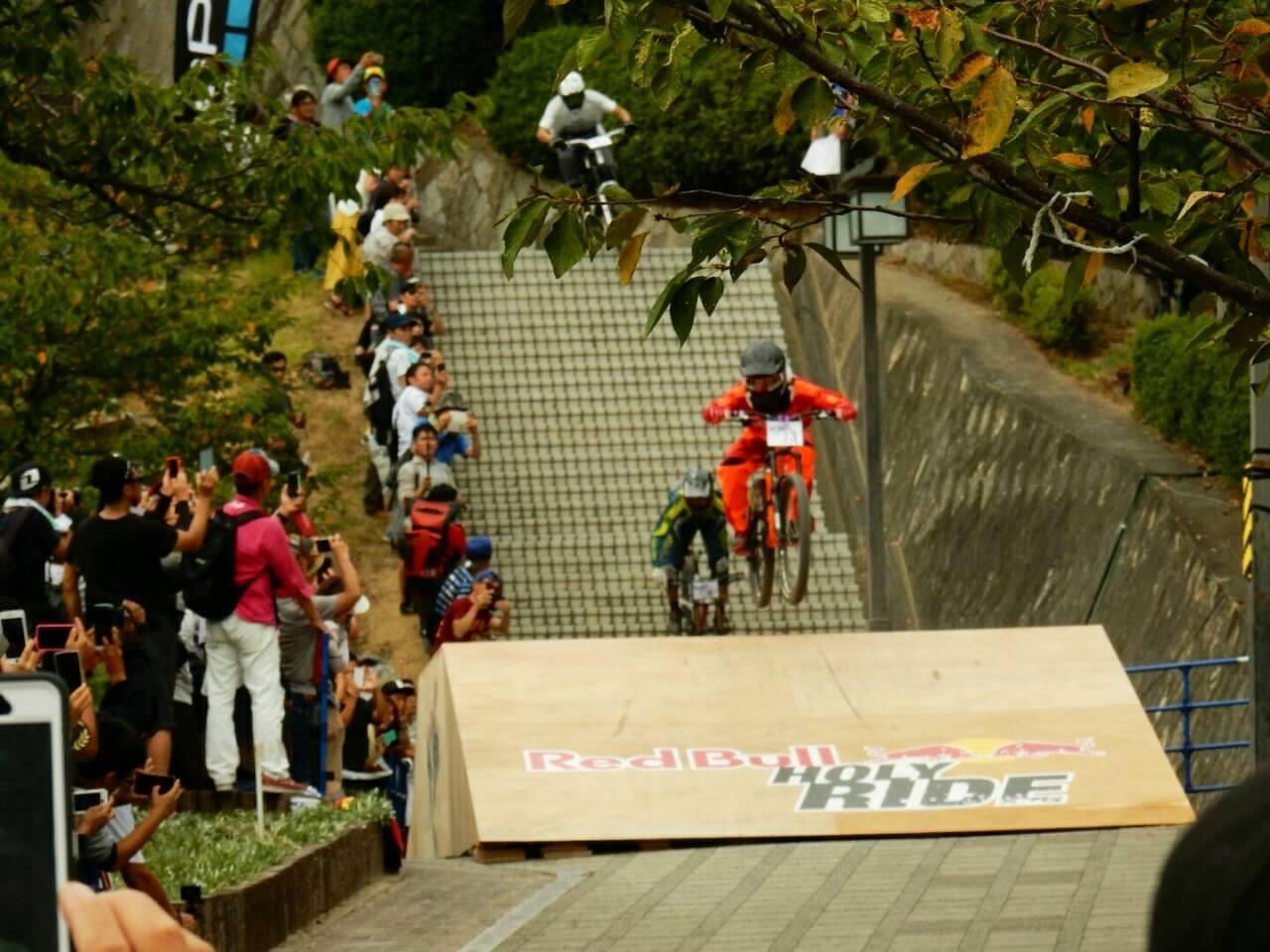 Red Bull Holy Ride(レッドブル・ホーリーライド)2016 広島県尾道市 千光寺 公園 山 MTB マウンテンバイク ダウンヒル レース 広島県福山市 FINE fine ファイン