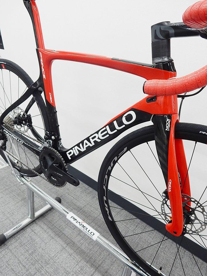 2020年 モデル PINARELLO pinarello ピナレロ イタリア PRINCE prince プリンス DISK disk ディスクブレーキ キャリパーブレーキ ロードバイク カーボン レース サイクリング 長距離 ロングライド 広島県福山市 FINE fine ファイン